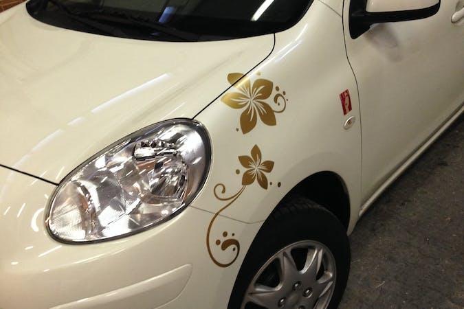 Billig billeje af Nissan Micra Elle med Bluetooth nær 8543 Hornslet.
