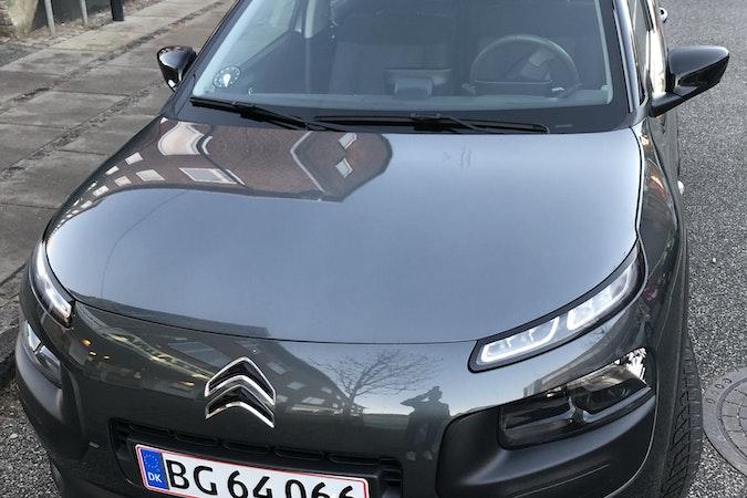 Billig billeje af Citroën C4 Cactus 1,2 nær 2200 København.