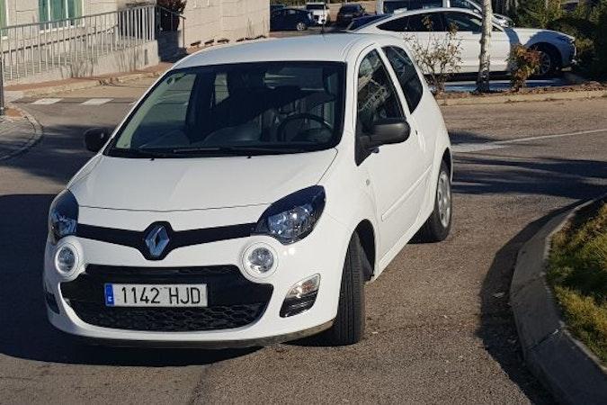 Alquiler barato de Renault Twingo 1.2 16V Authentique cerca de 28008 Madrid.