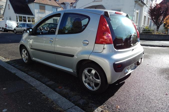 Location économique de voiture de Peugeot 107 proche de 67100 Strasbourg.