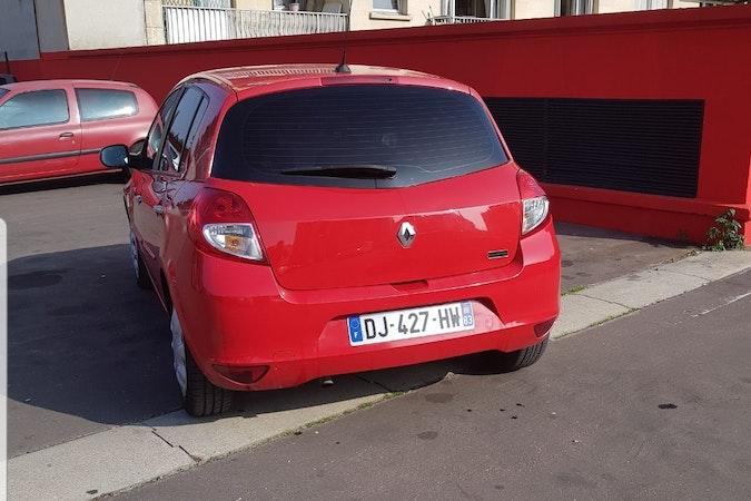 Location économique de voiture de Renault Clio proche de 75019 Paris.