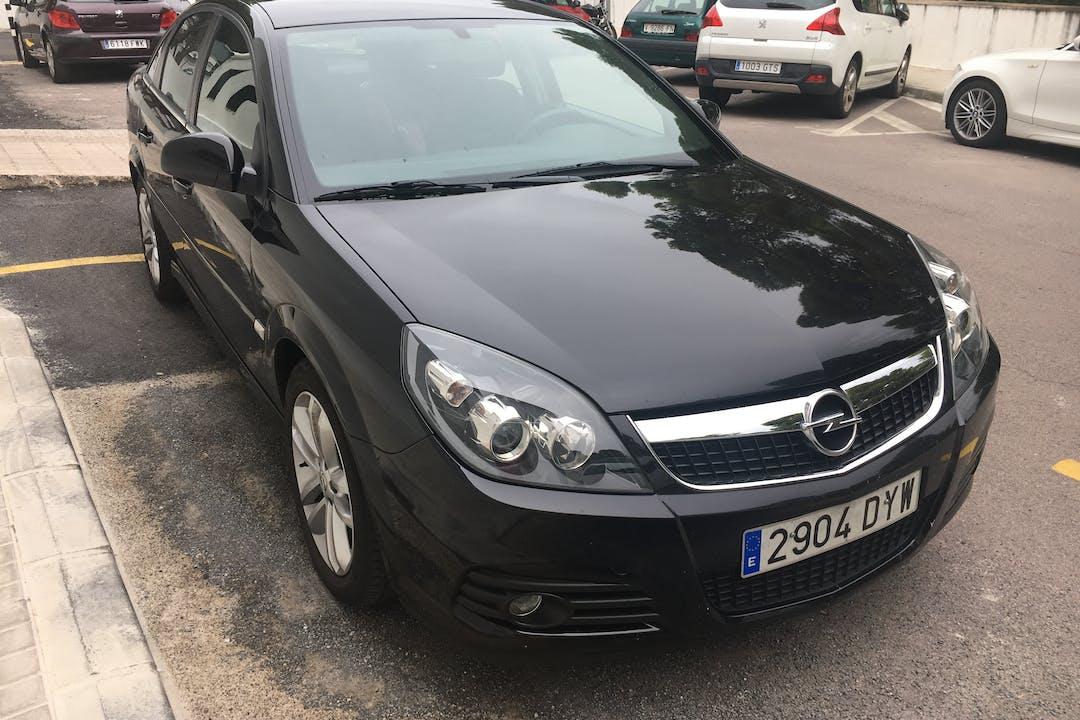 Alquiler barato de Opel Vectra 1.8 Elegance con equipamiento GPS cerca de 12600 Vall de Uxó.