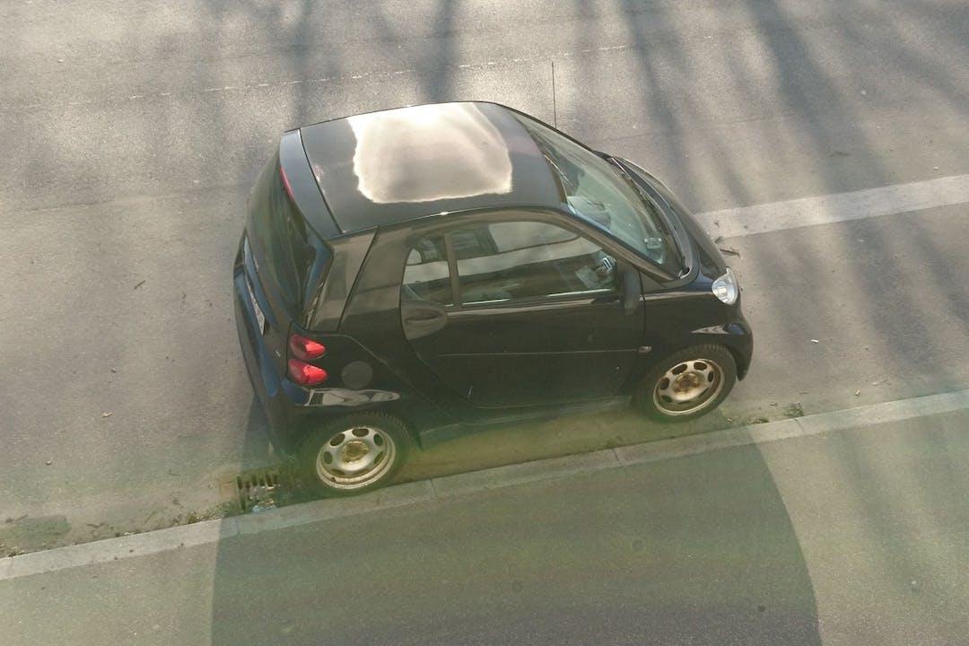 Billig billeje af Smart Car CDI COUPE nær 2500 København.