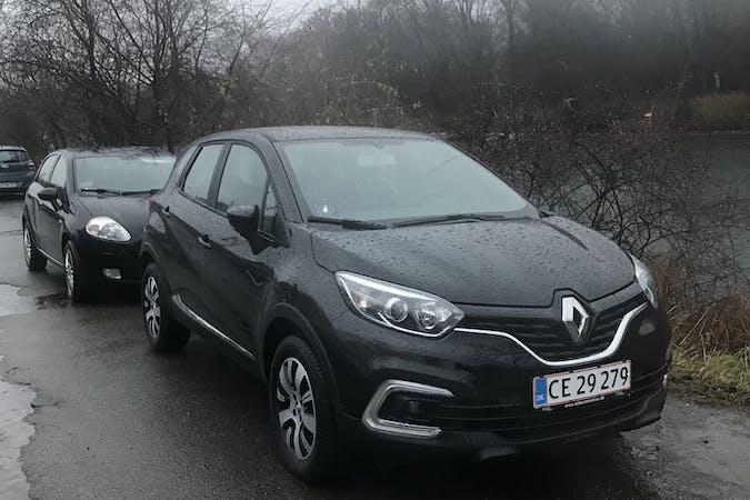 Billig billeje af Renault med GPS nær 2300 København.