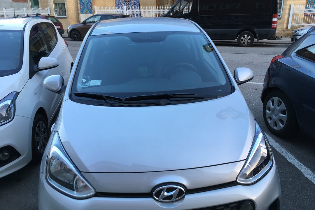 Billig billeje af Hyundai i10 Trend nær 2400 København.