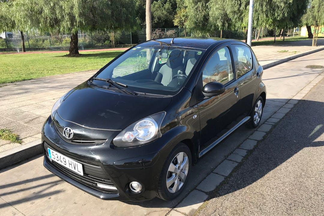 Alquiler barato de Toyota Aygo 1.0 Vvt-I City cerca de 41007 Sevilla.