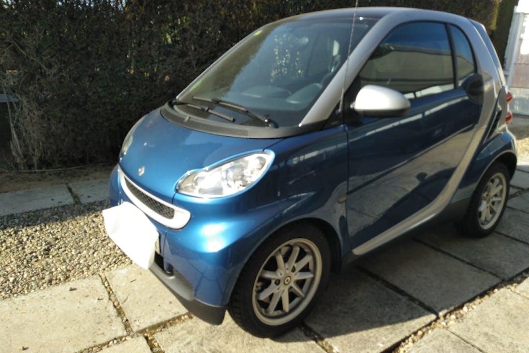Alquiler barato de Smart Fortwo Coupe Passion 62 cerca de 46010 València.