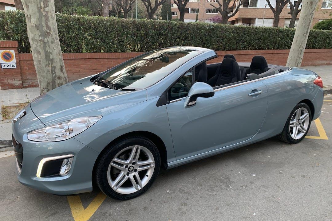 Alquiler barato de Peugeot 308 Cc 1.6 Vti 120 cerca de 08011 Barcelona.