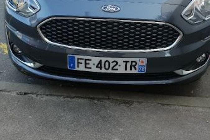 Location économique de voiture de Ford Ka proche de 75010 Paris.