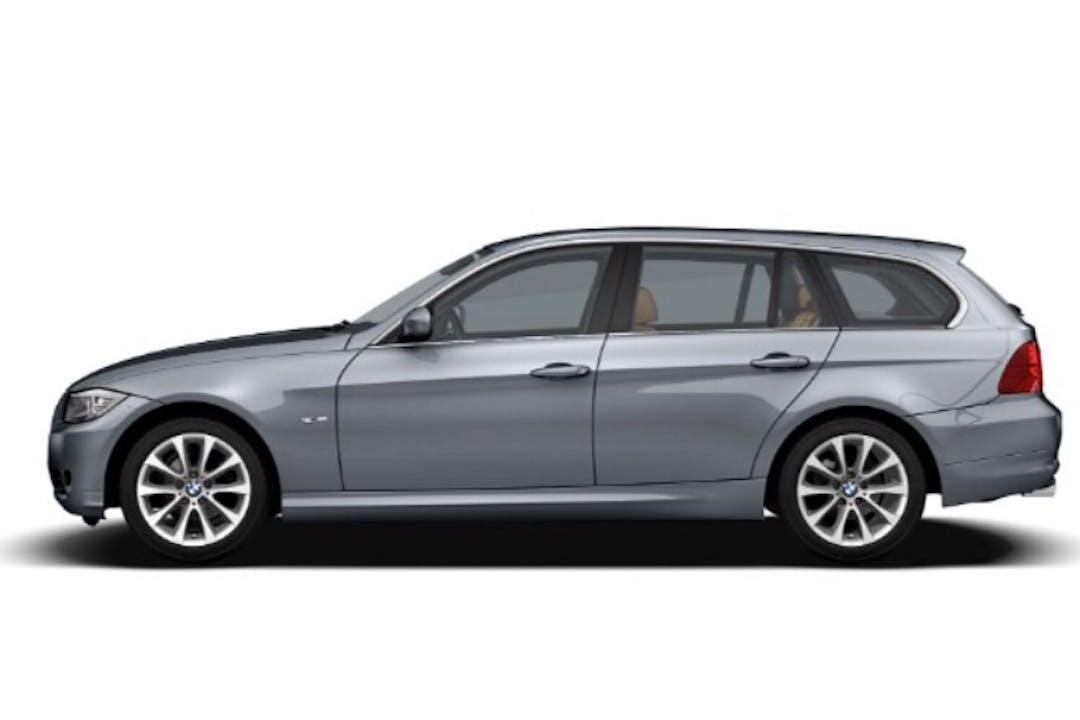 Billig biluthyrning av BMW 318d Touring med GPS i närheten av 112 33 Kungsholmen.