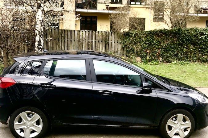 Billig billeje af Ford Fiesta 1.1 TREND Eco boost med GPS nær 2900 Hellerup.