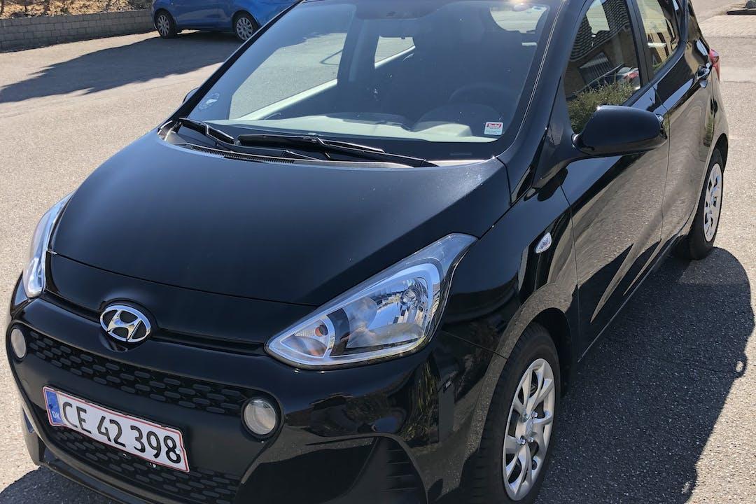 Billig billeje af Hyundai i10 med Isofix beslag nær 2200 København.