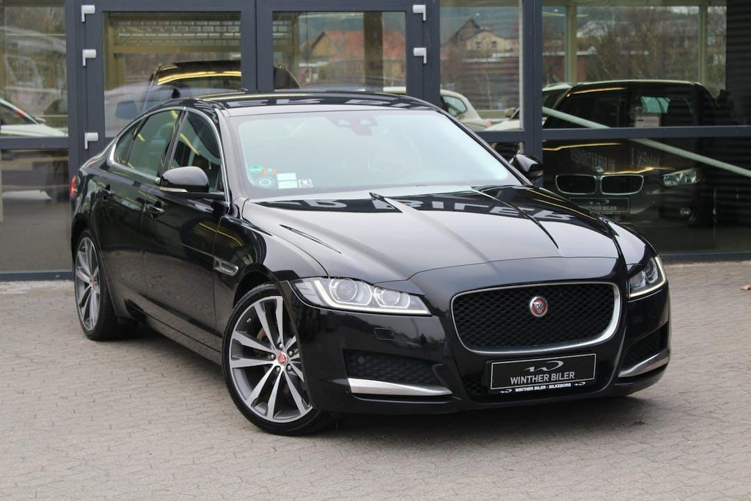 Billig billeje af Jaguar XF aut., diesel, ny model nær 5230 Odense.
