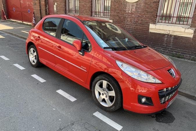 Location économique de voiture de Peugeot 207 avec Lecteur de CD proche de 59000 Lille.