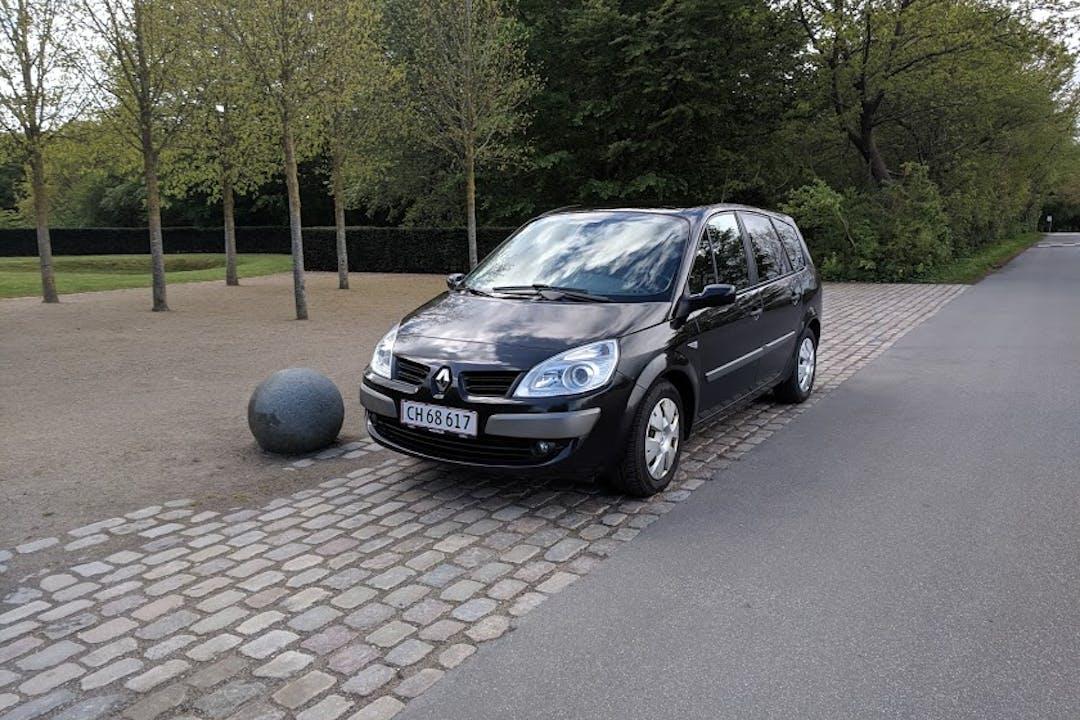 Billig billeje af Renault Grand Scenic, MPV nær 9000 Aalborg.