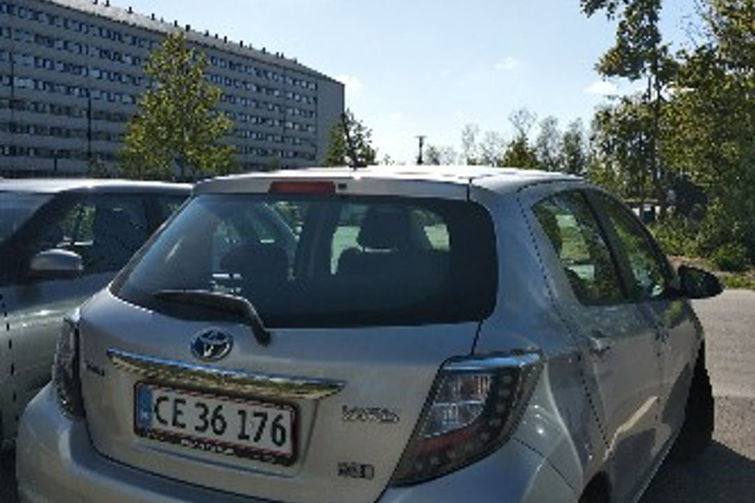 Billig billeje af Toyota Yaris  nær 2200 København.