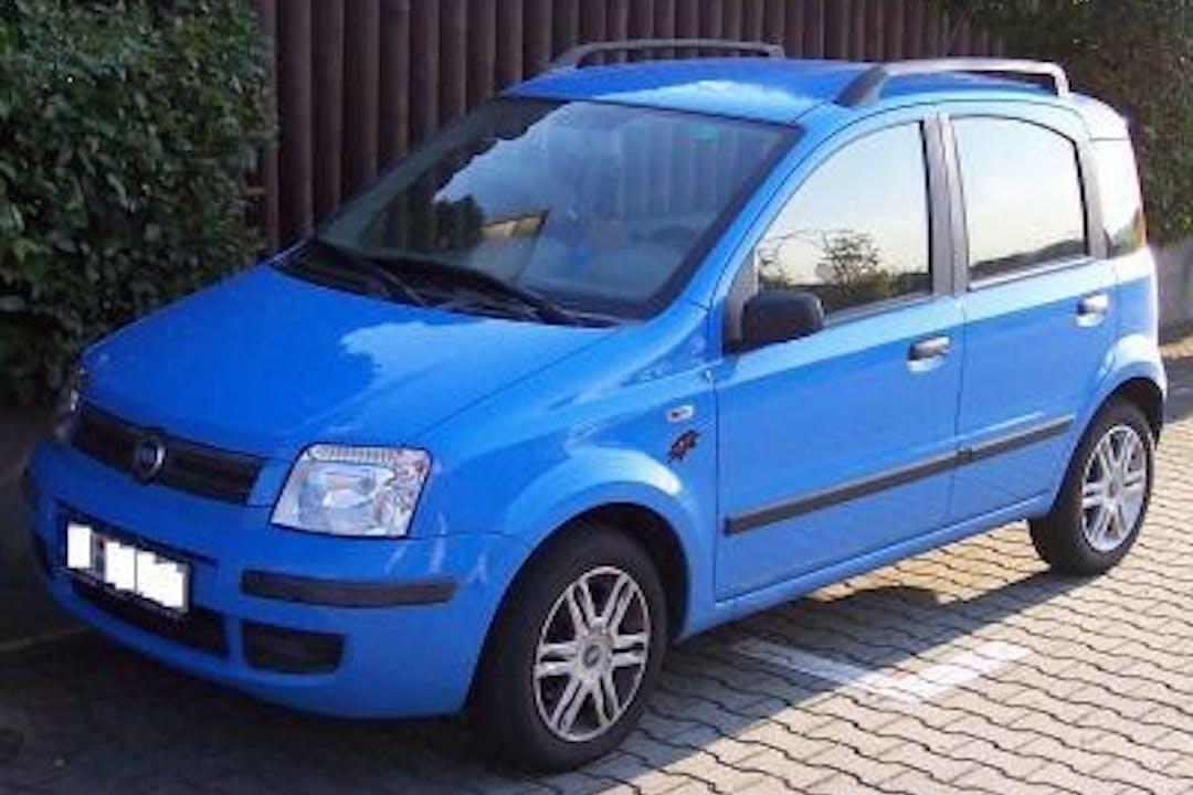 Alquiler barato de Fiat Panda 1.2 4x4 cerca de 07703 Maó.