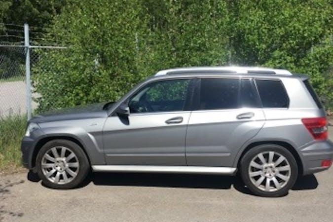 Billig biluthyrning av Mercedes Benz CLK 220 CDI med Dragkrok i närheten av  .