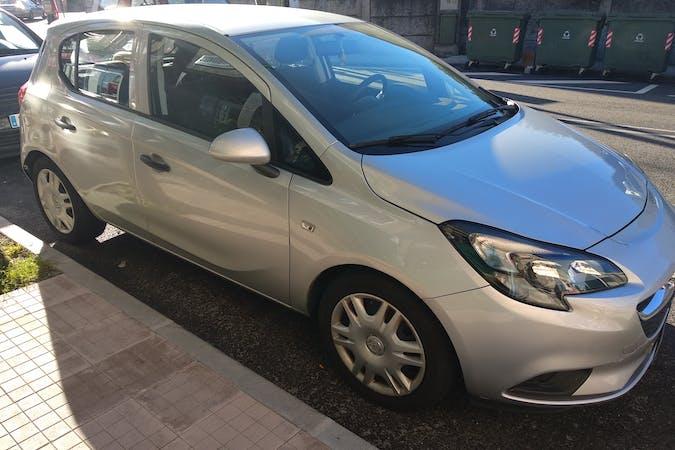 Alquiler barato de Opel Corsa 1.4 90 Excellence cerca de 36208 Vigo.