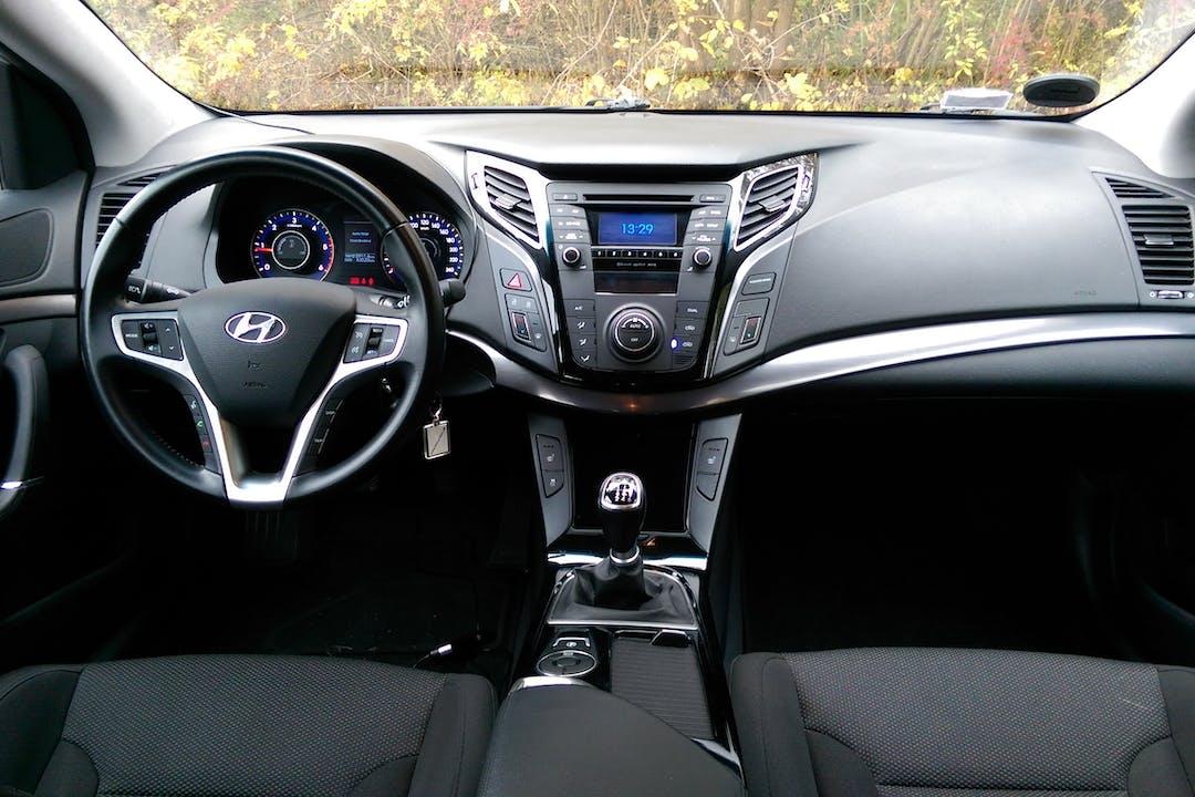 Billig billeje af Hyundai I40 CW diesel nær 2740 Skovlunde.
