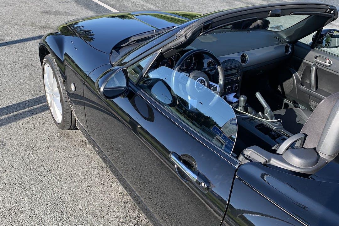 Billig billeje af Mazda mx5 med Aircondition nær 3050 Humlebæk.