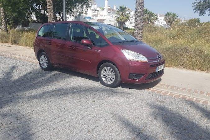 Alquiler barato de Citroën C4 Picasso 7Pz con equipamiento Fijaciones Isofix cerca de 30570 Murcia.