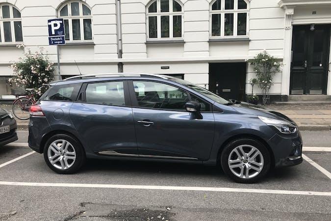 Billig billeje af Renault Clio Sport Tourer Tce 90 Zen nær 2300 København.