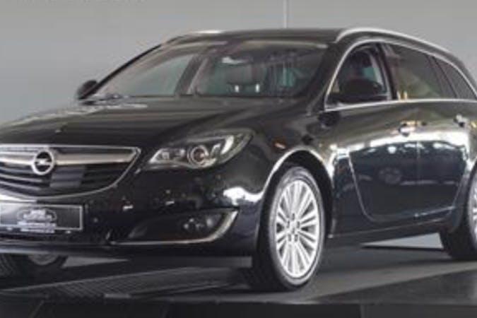 Billig billeje af Opel Insignia med GPS nær 6760 Ribe.