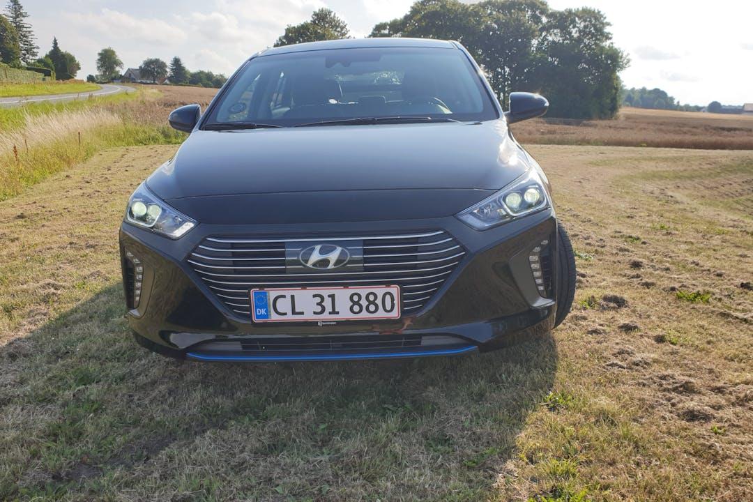 Billig billeje af Hyundai Ioniq Premium PHEV nær 4700 Næstved.