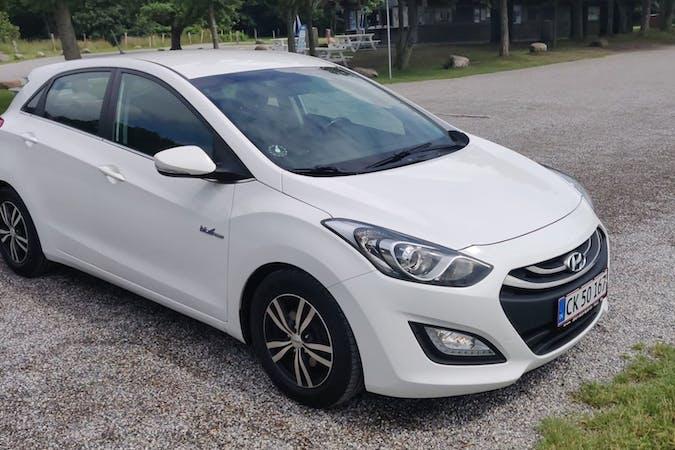 Billig billeje af Hyundai i30 nær 7330 Brande.