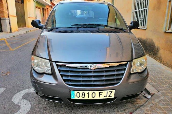 Alquiler barato de Chrysler Grand Voyager 2.8 Crd Limited Auto cerca de 03004 Alicante (Alacant).