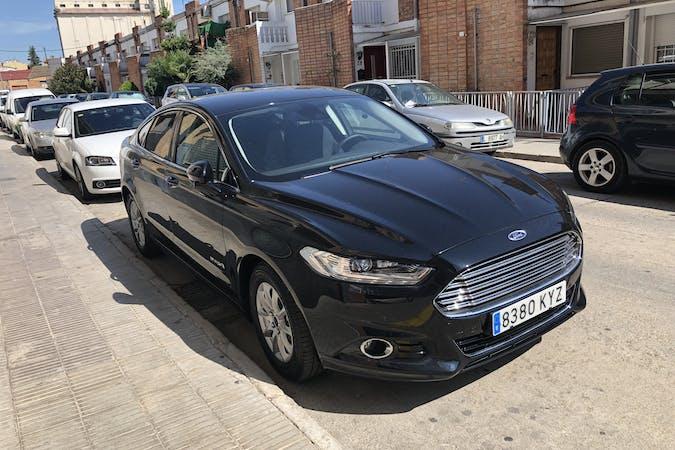Alquiler barato de Ford Mondeo 2.0 Hev Titanium cerca de 25600 Balaguer.