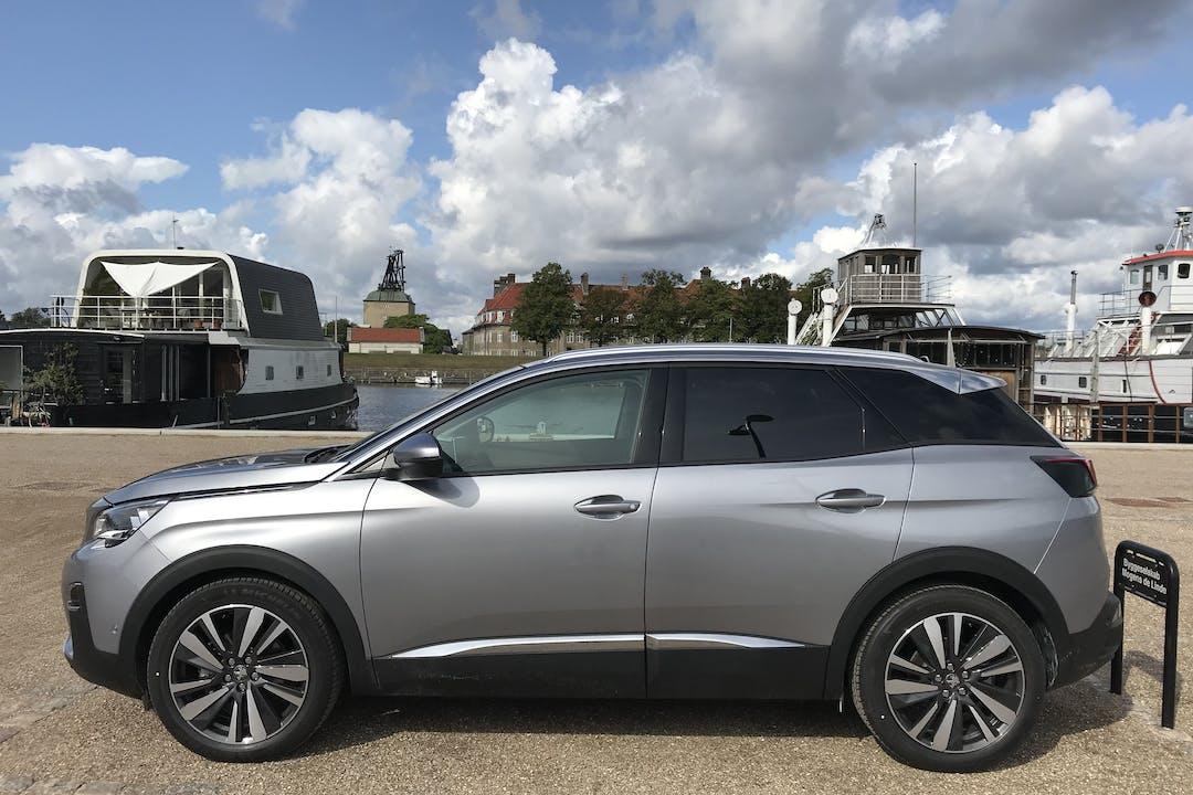 Billig billeje af Peugeot 3008 Allure Limited PureTech 130HK EAT8 nær 1439 København.