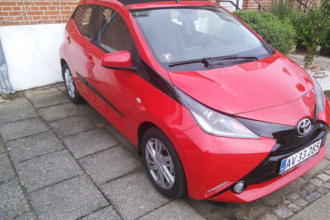 Billig billeje af Toyota Aygo x-wave air med GPS nær 7900 Nykøbing Mors.