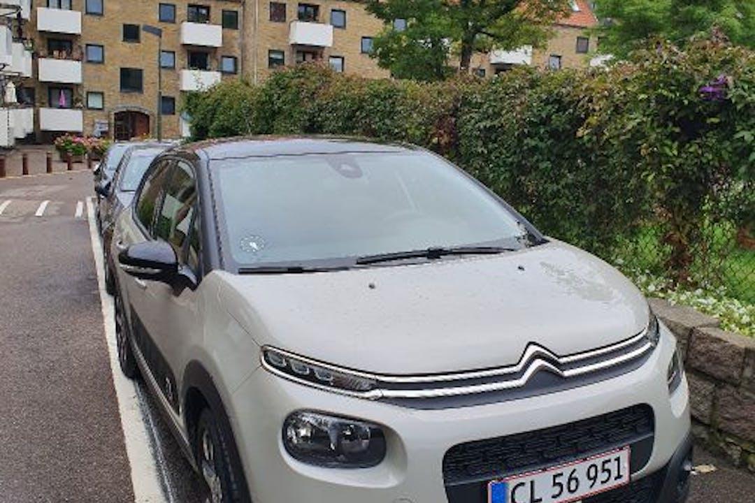 Billig billeje af Citroën C3 VTR Sport nær 2400 København.