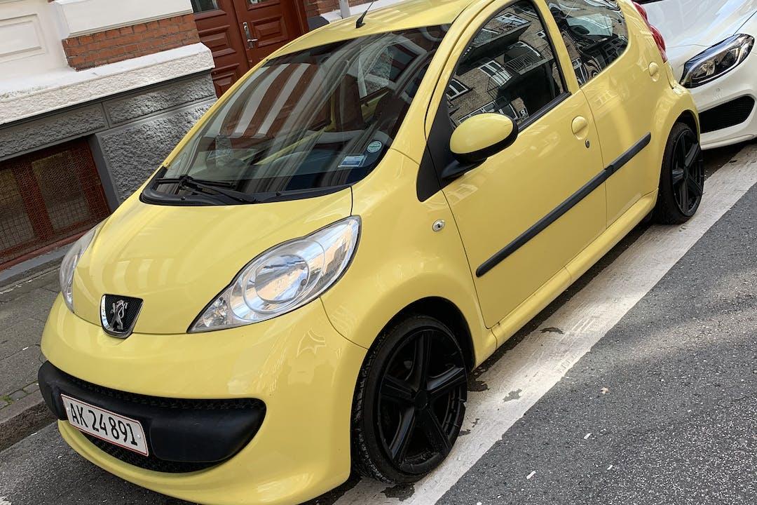 Billig billeje af Peugeot 107, 5 dørs, 1,0 Benzin nær 9000 Aalborg.