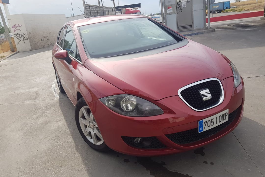 Alquiler barato de Seat Leon Reference 1.9 Tdi 105 con equipamiento Fijaciones Isofix cerca de 28942 Fuenlabrada.