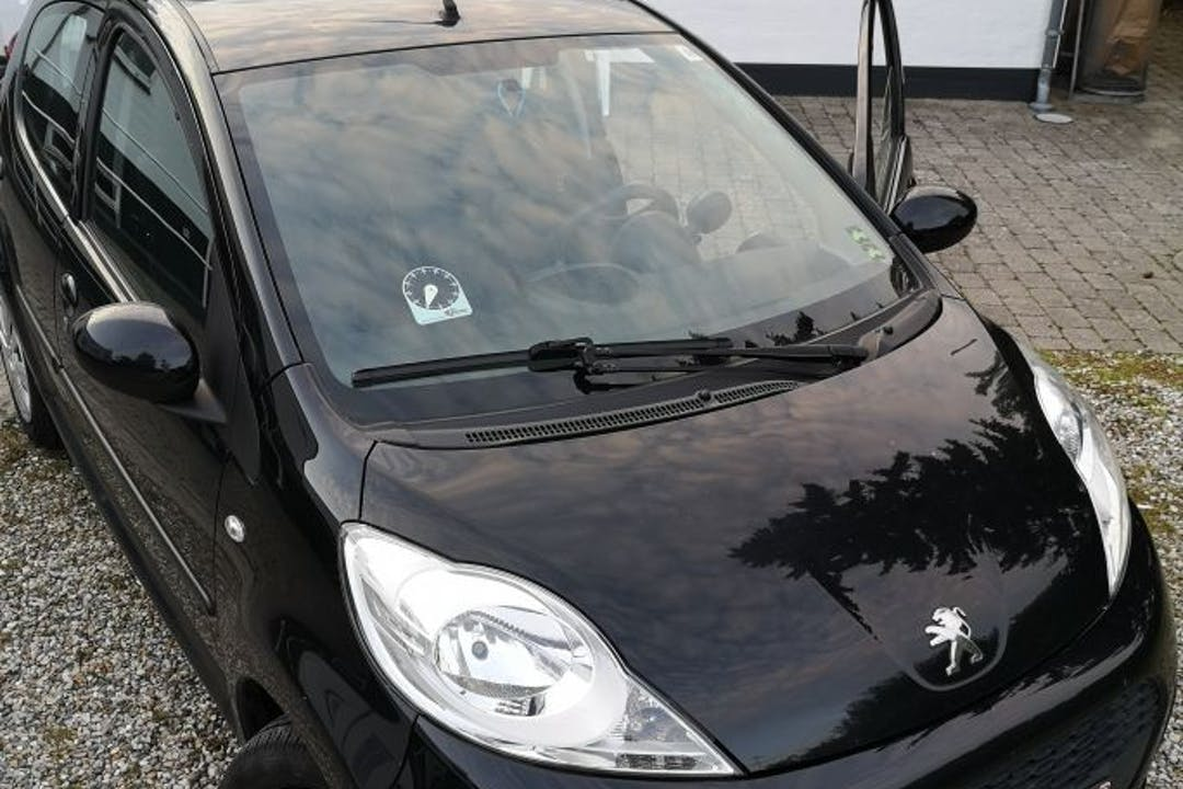 Billig billeje af Peugeot 107, 1,0 Active  nær 2300 København.