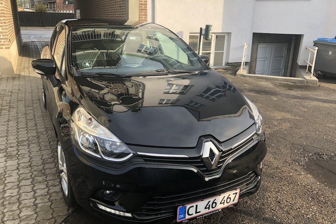 Billig billeje af Renault Clio nær 2500 København.