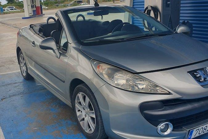 Alquiler barato de Peugeot 207 Cc cerca de 08940 Cornellà de Llobregat.