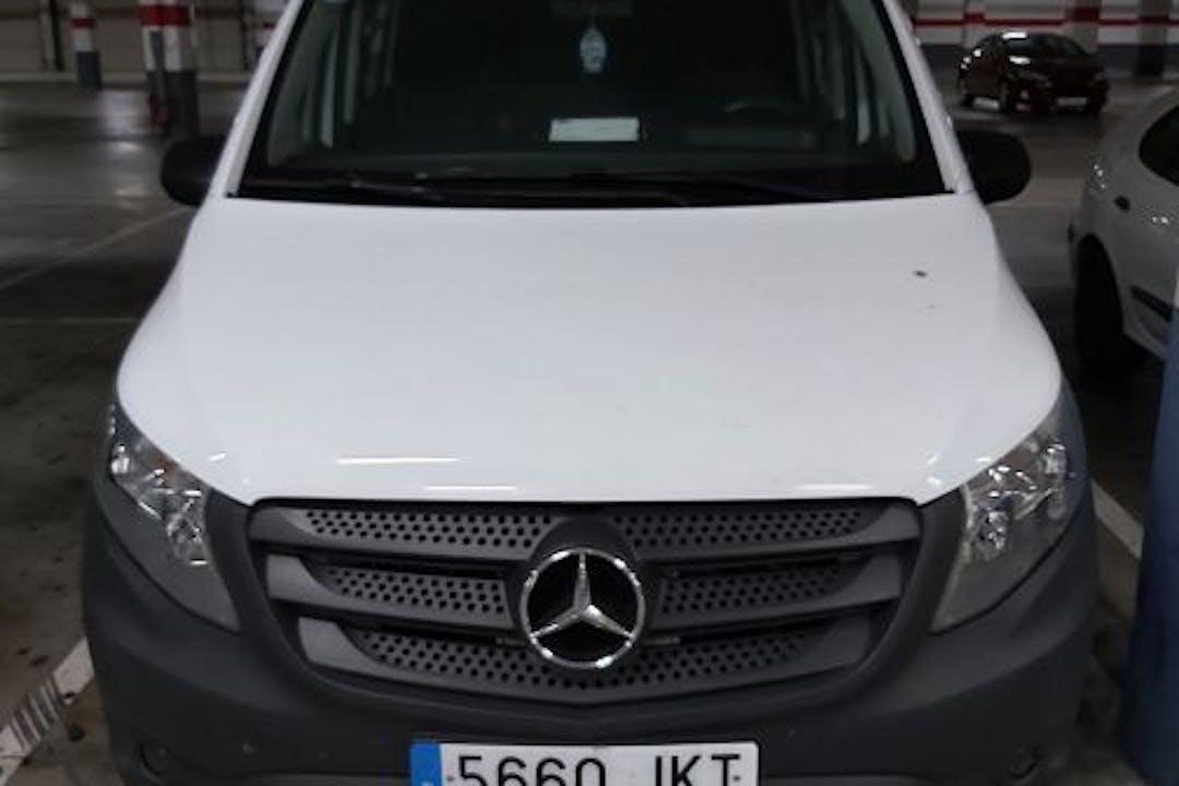 Alquiler barato de Mercedes Vito 114 Cdi Xl Mixto con equipamiento GPS cerca de 41006 Sevilla.