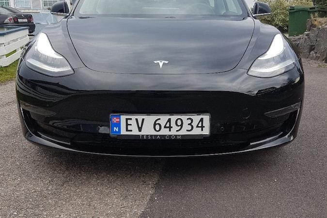 Billig leie av Tesla Model 3 i nærheten av  .