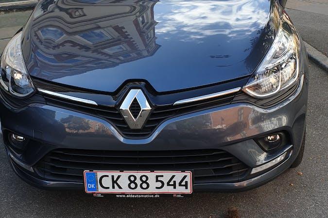 Billig billeje af Renault  Clio 0.9 ENERGY TCE 90 ZEN FLEET ST nær 2300 København.
