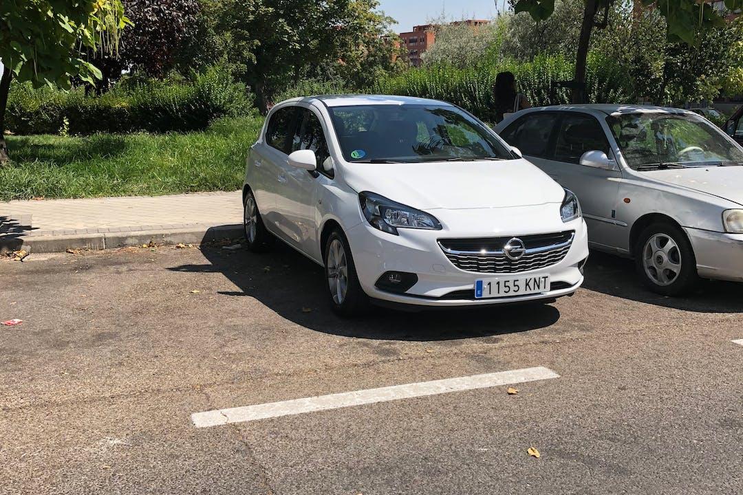 Alquiler barato de Opel Corsa 1.4 90 Selective cerca de 28030 Madrid.