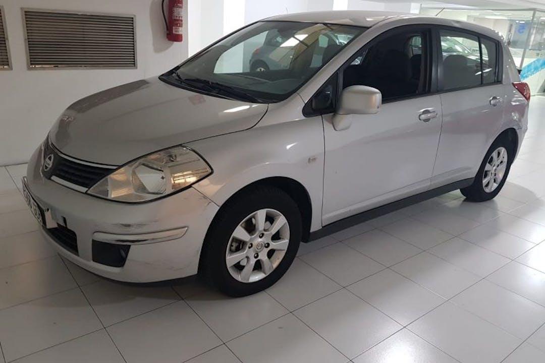 Alquiler barato de Nissan Tiida 1.6 Acenta cerca de 46013 València.