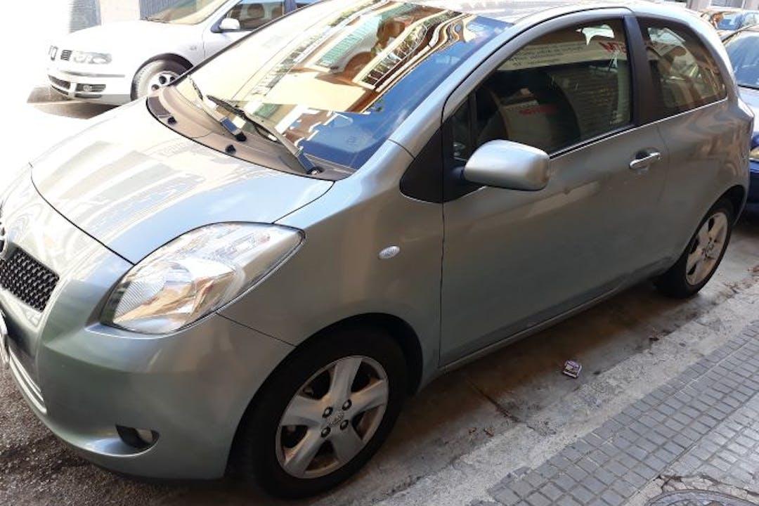 Alquiler barato de Toyota Yaris Expo 1.3 Vvt-I cerca de 07010 Palma.