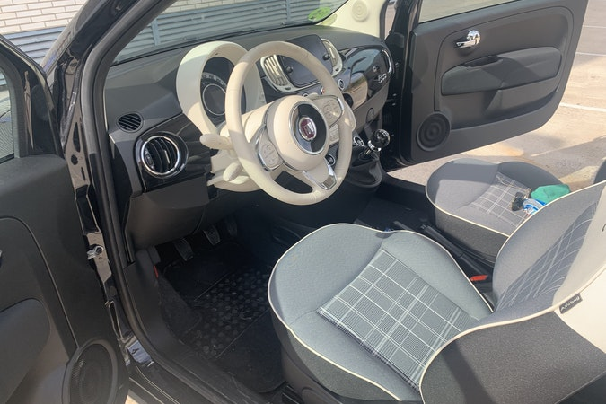 Alquiler barato de Fiat 500 1.2 Lounge cerca de 44600 Alcañiz.