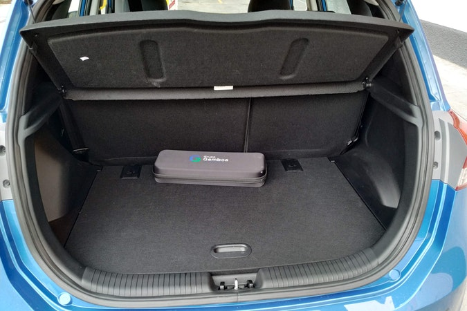 Alquiler barato de Hyundai Ix 20 1.4 Mpi Bluedrive 25Anive cerca de 28005 Madrid.