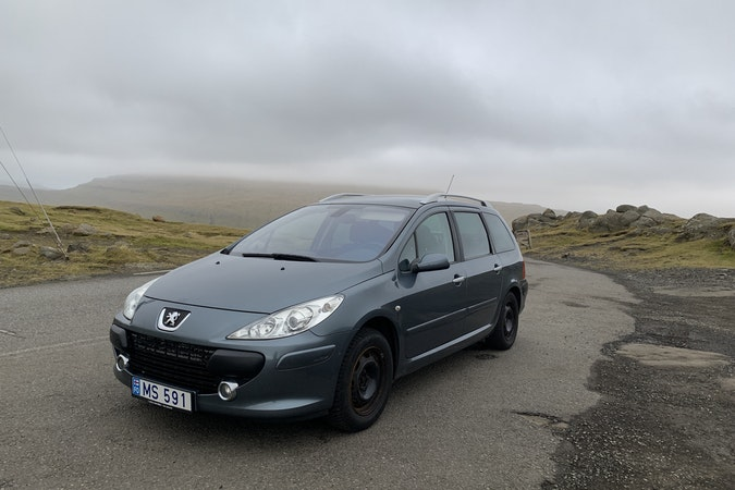 Billig billeje af Peugeot 307 SW 2.0 nær  Thorshavn.