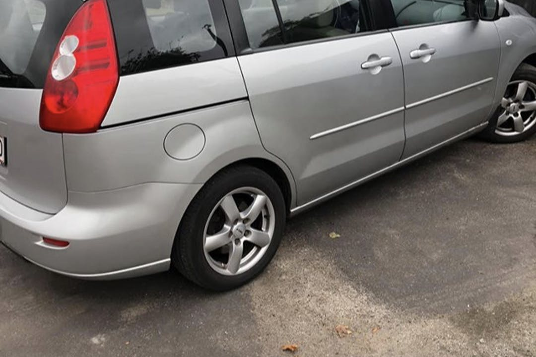 Billig billeje af Mazda 5 med Anhængertræk nær 3520 Farum.
